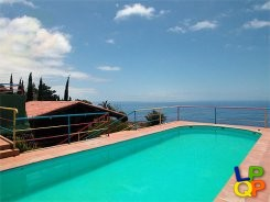 object 156  La Palma / Property with 4 houses / Holiday home / Casa Madera