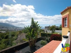 object 166  La Palma / House with 2 apartments / Holiday home / Casa Elisa B